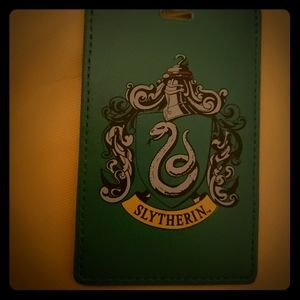 HARRY P, Slytherin ID Holder Retractable metal cli